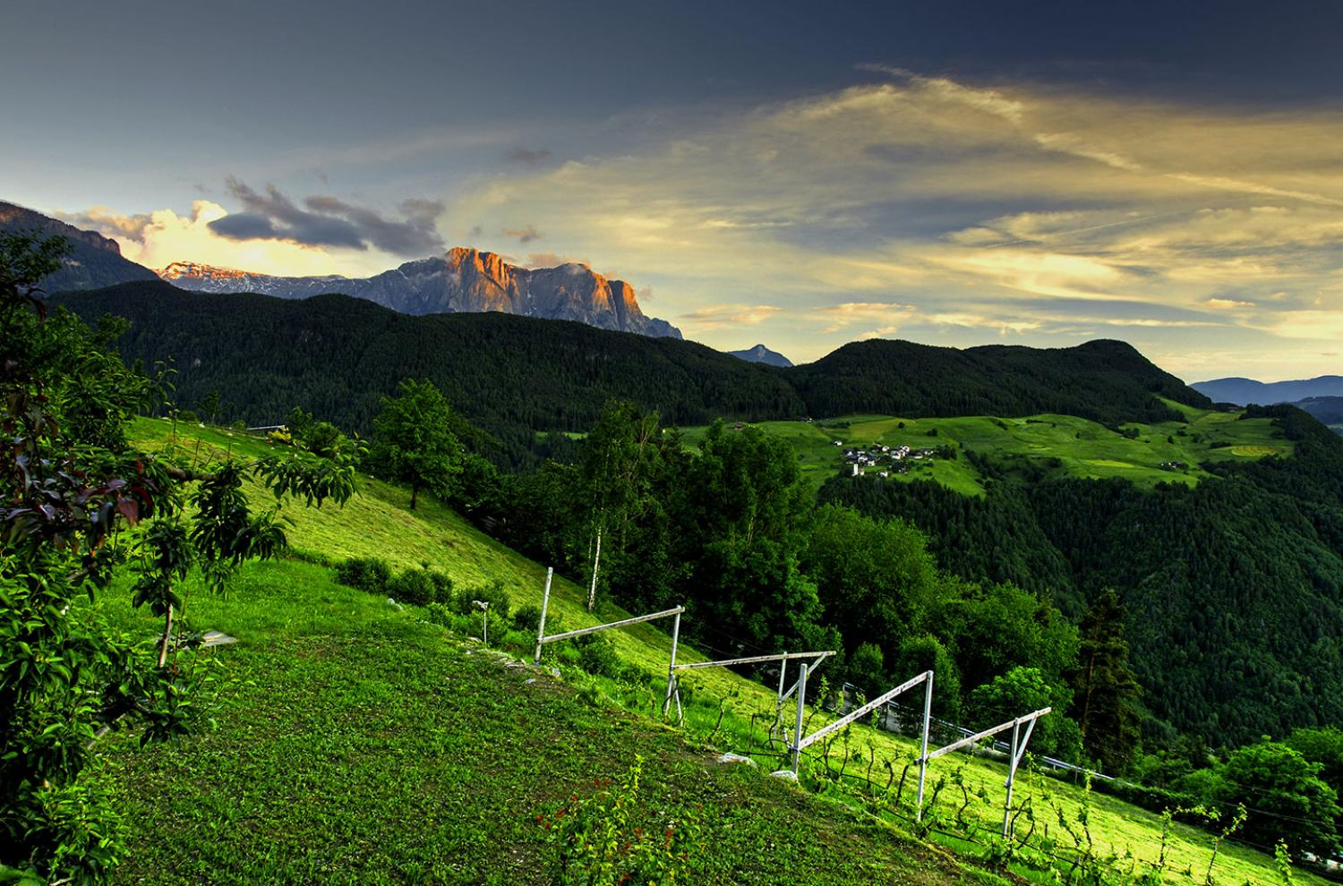 Wonderful views of the magnificent Dolomite mountains